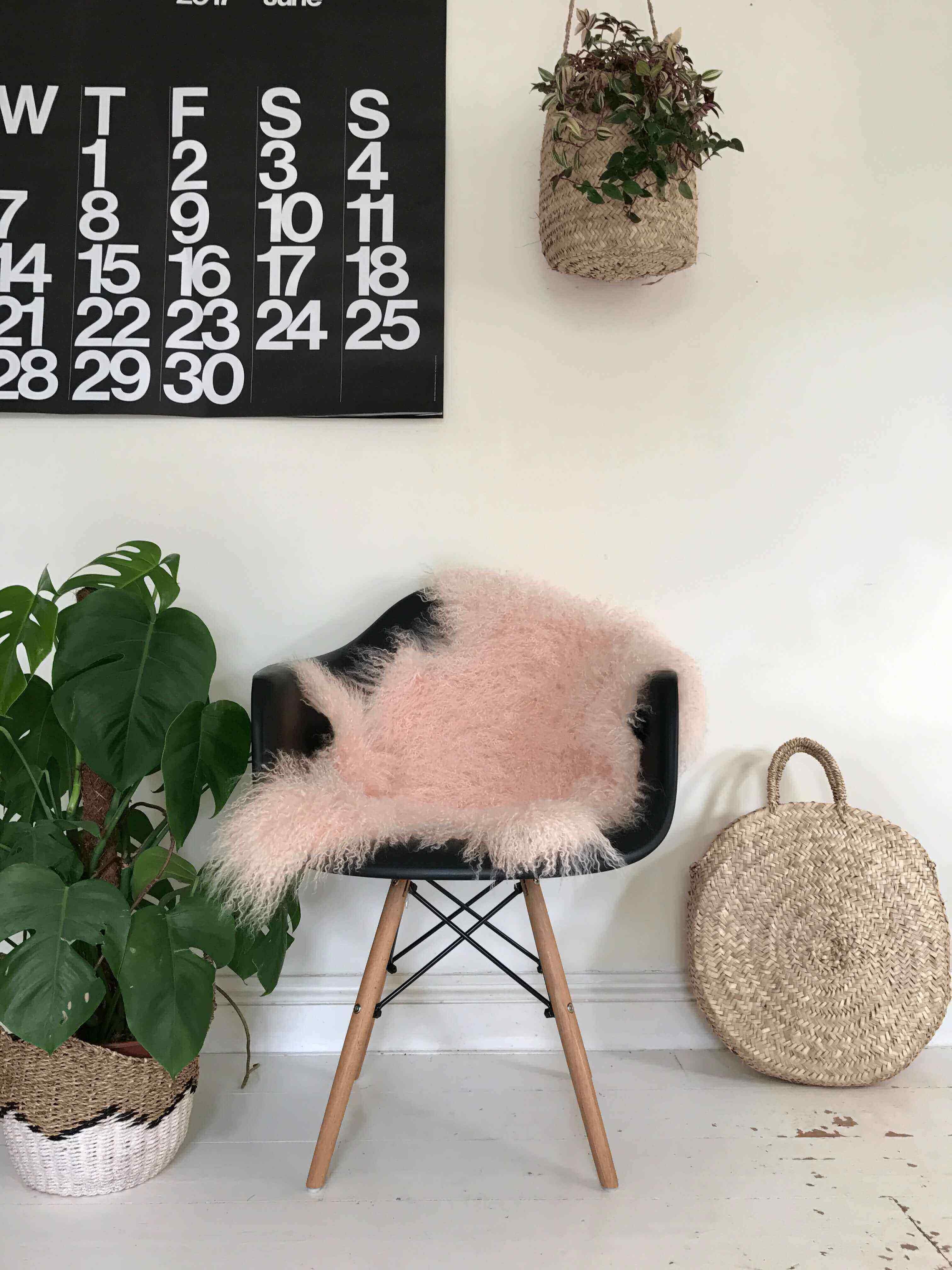 Tibetan Sheepskin Rug Pink Blush